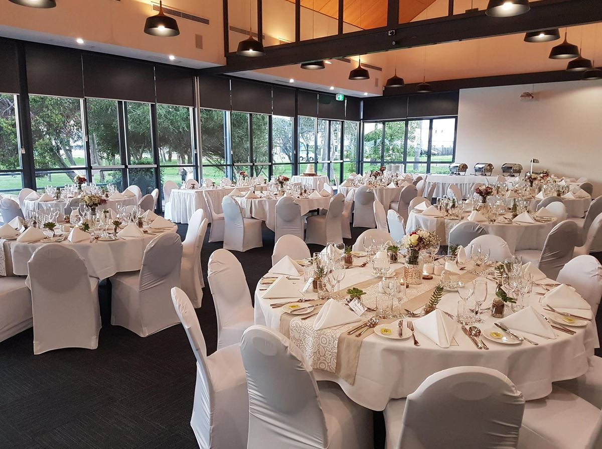 Mandurah wedding reception venues mandurah quay resort with a number of different wedding reception center hire choices you can have both an amazing ceremony location and your perfect reception following solutioingenieria Image collections